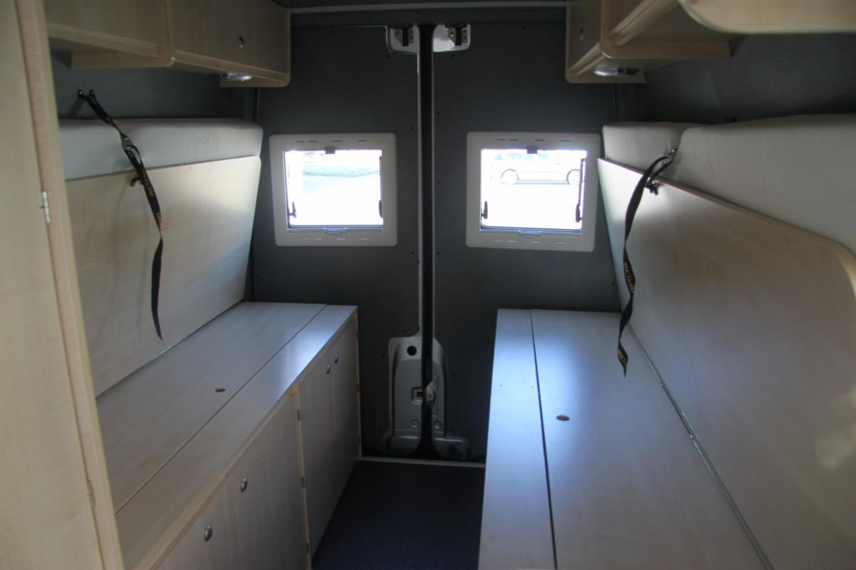 Sprinter Camper Van >> Mercedes Sprinter Buscamper met lengtebedden