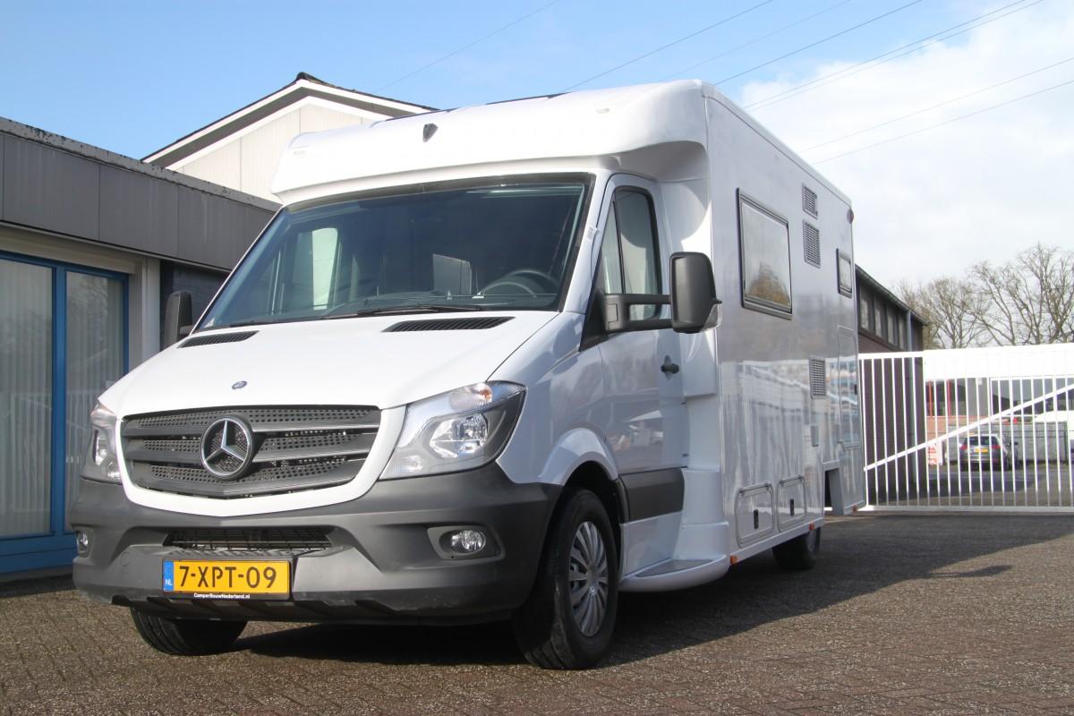 Mercedes sprinter half integraal camper rolstoelvriendelijk for Camper mercedes